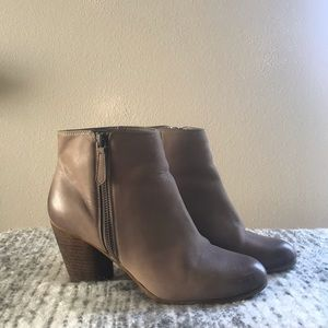 Brass Plum (BP) leather ankle boots